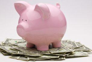 Economic climate expands, profits shrink